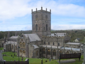 St David's Cathedral (by Chris Rivers)